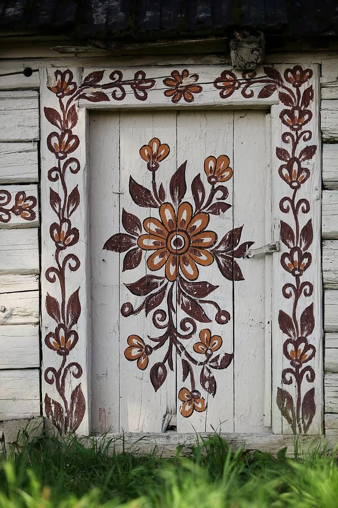 zalipie+poland+painted+village+flowers+2