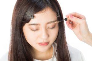 甲状腺機能低下症の化粧で眉マスカラは控えたい
