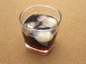 コカコーラゼロカフェインの味は甘さ控えめだけどしっかりコーラの味がする!