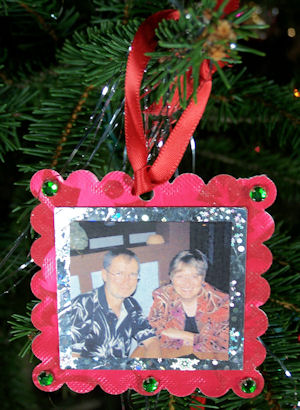 photo ornament from recycled material