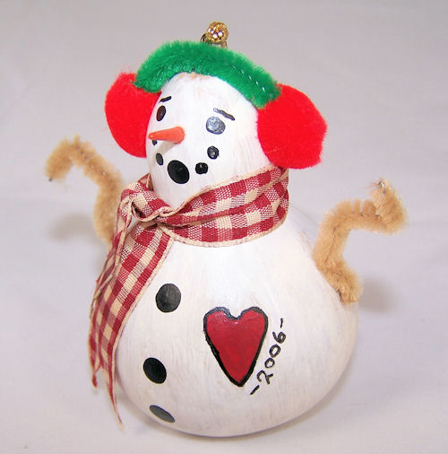 birdhouse gourd becomes snowman ornament in 2006