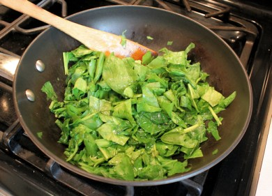cooking the spinach