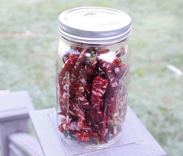 dried cayenne peppers