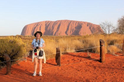 Lynda in front of Uluru