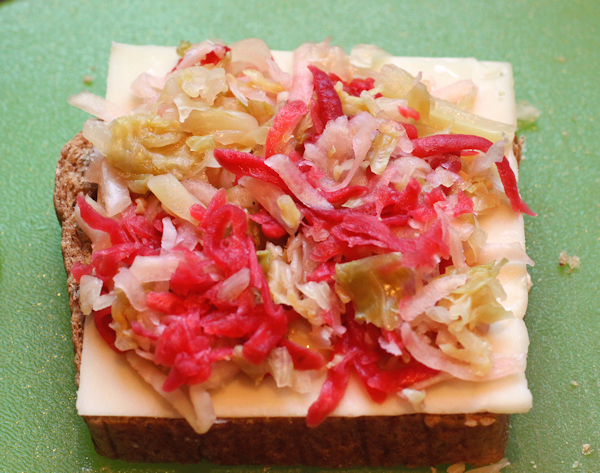 assembling the meatless Reuben