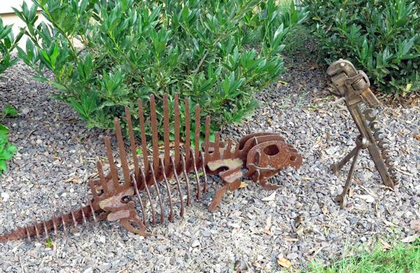 Wrench-o-saurus meets Stegosaurus