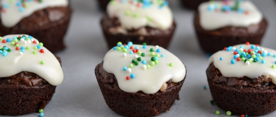 Peppermint Filled Brownie Bites