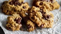 Tahini-Oatmeal Chocolate Chunk Cookie