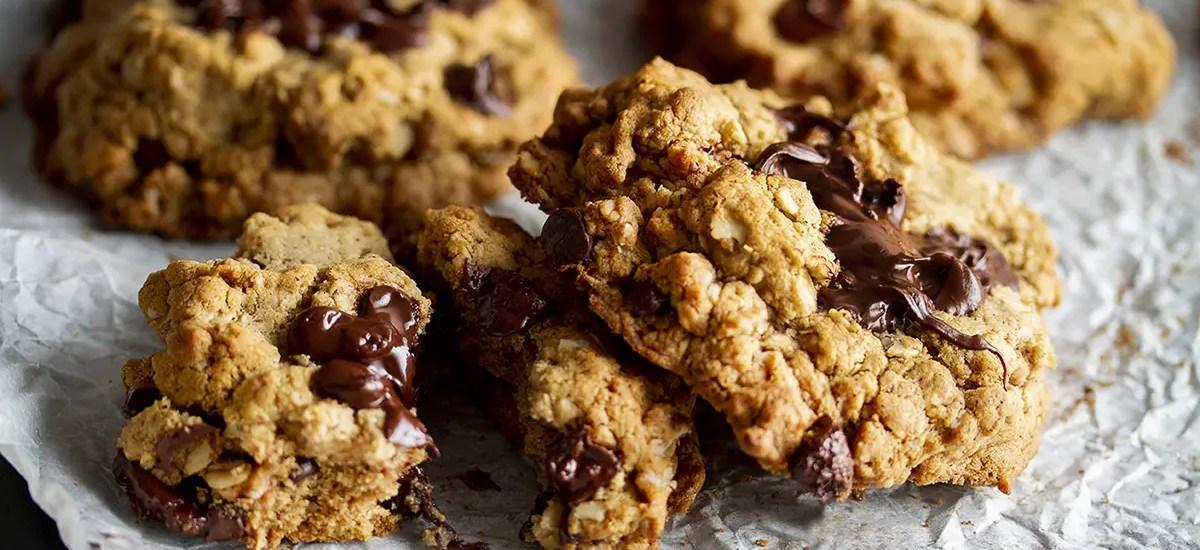 Tahini-Oatmeal & Chocolate Chunk Cookies