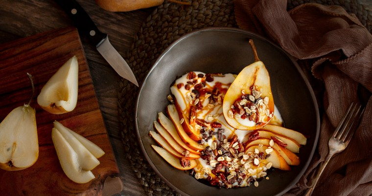 "Yogurt & Pear Breakfast Bowl & ""Honey"" Drizzle"