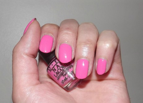 swatch kiss me im brazilian opi