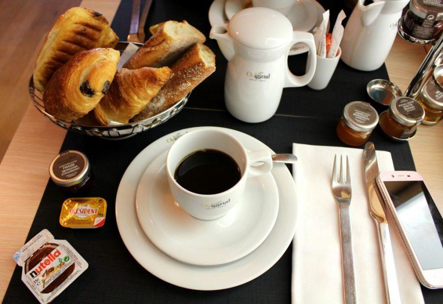petit dejeuner a la francaise paris