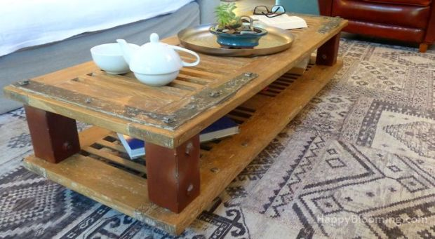 table basse recyclée unique vintage volet roulettes diy