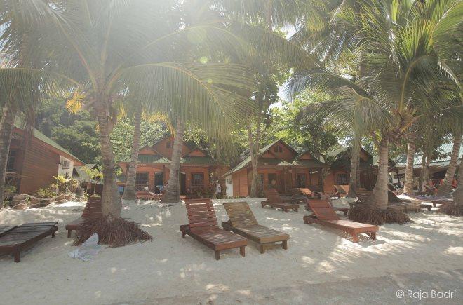 Cocohut Chalet beach front view