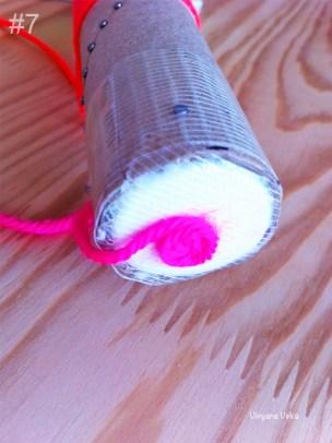 Le fil recouvre aussi le bouchon