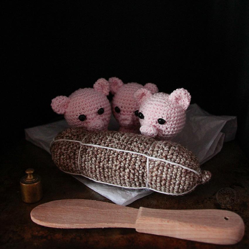 Trois petits cochons et saucisson au crochet