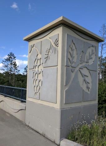 The bridge artwork trumpets Minnesota's natural heritage.