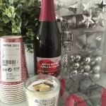 冬の幸せインテリア!IKEAのクリスマスオーナメント&パーティーグッズ