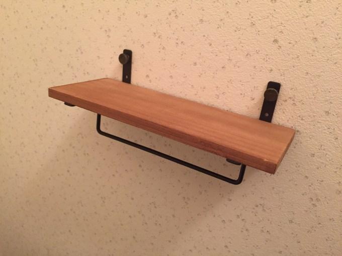 セリアアイアンバー付木製ラック