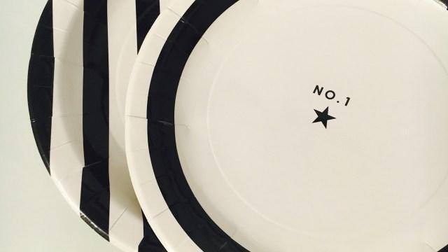 ダイソーモノトーン紙皿