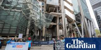 Lloyd's market to quit fossil fuel insurance by 2030