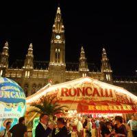 Jubiläumstournee des Circus Roncalli in Wien