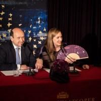 Königin der Nacht - Der Wiener Opernball 2020