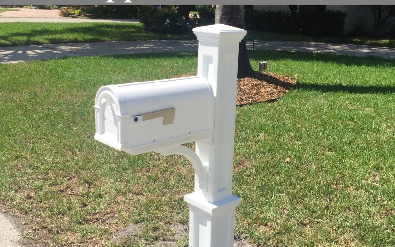 Curb Appeal: New Mailbox by Happy Family Blog