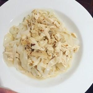 Low Calorie Chicken Alfredo - Happy Family Blog