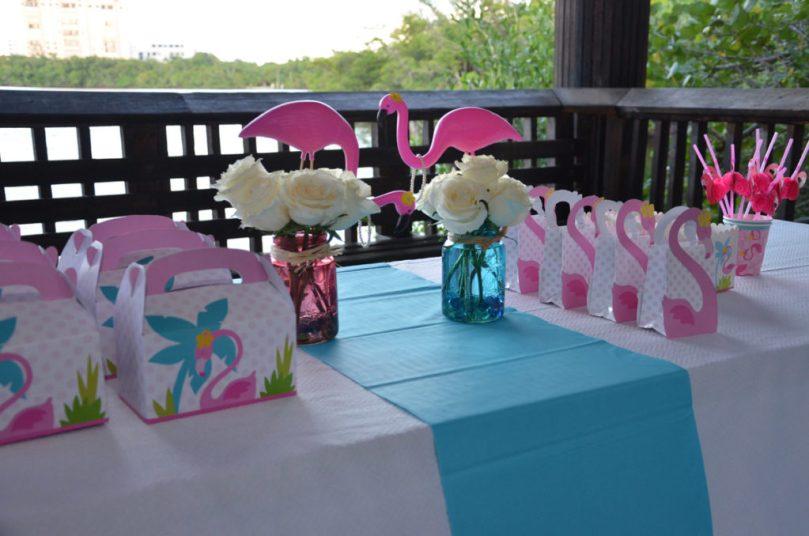 Happy Family Blog - Flamingo Party