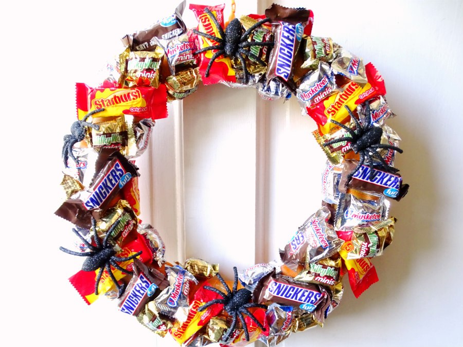 Candy wreath, halloween wreath,