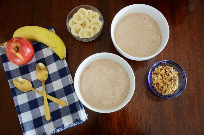 Recipe for Apple Pie Smoothie Bowl by Happy Family Blog