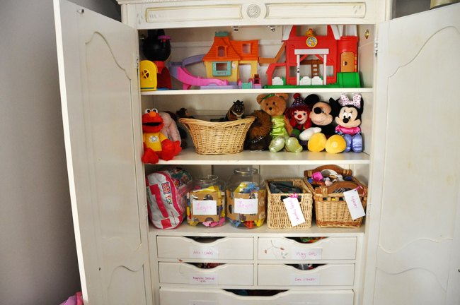 How to Organize Toys l by Happy Family Blog