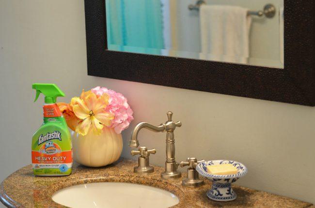 DIY Pumpkin Flower Arrangements by Happy Family Blog