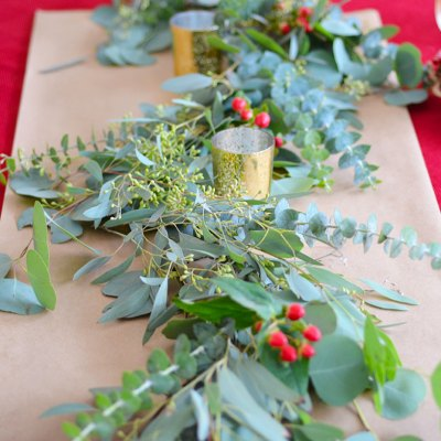 DIY How to Make Eucalyptus Garland, diy eucalyptus table runner, diy seeded eucalyptus garland, how many bunches of eucalyptus to make garland, eucalyptus table runner cost how to make a greenery garland for a wedding, diy eucalyptus garland wedding, diy greenery table runner, how to make garland for wedding, how to make garland for the holidays