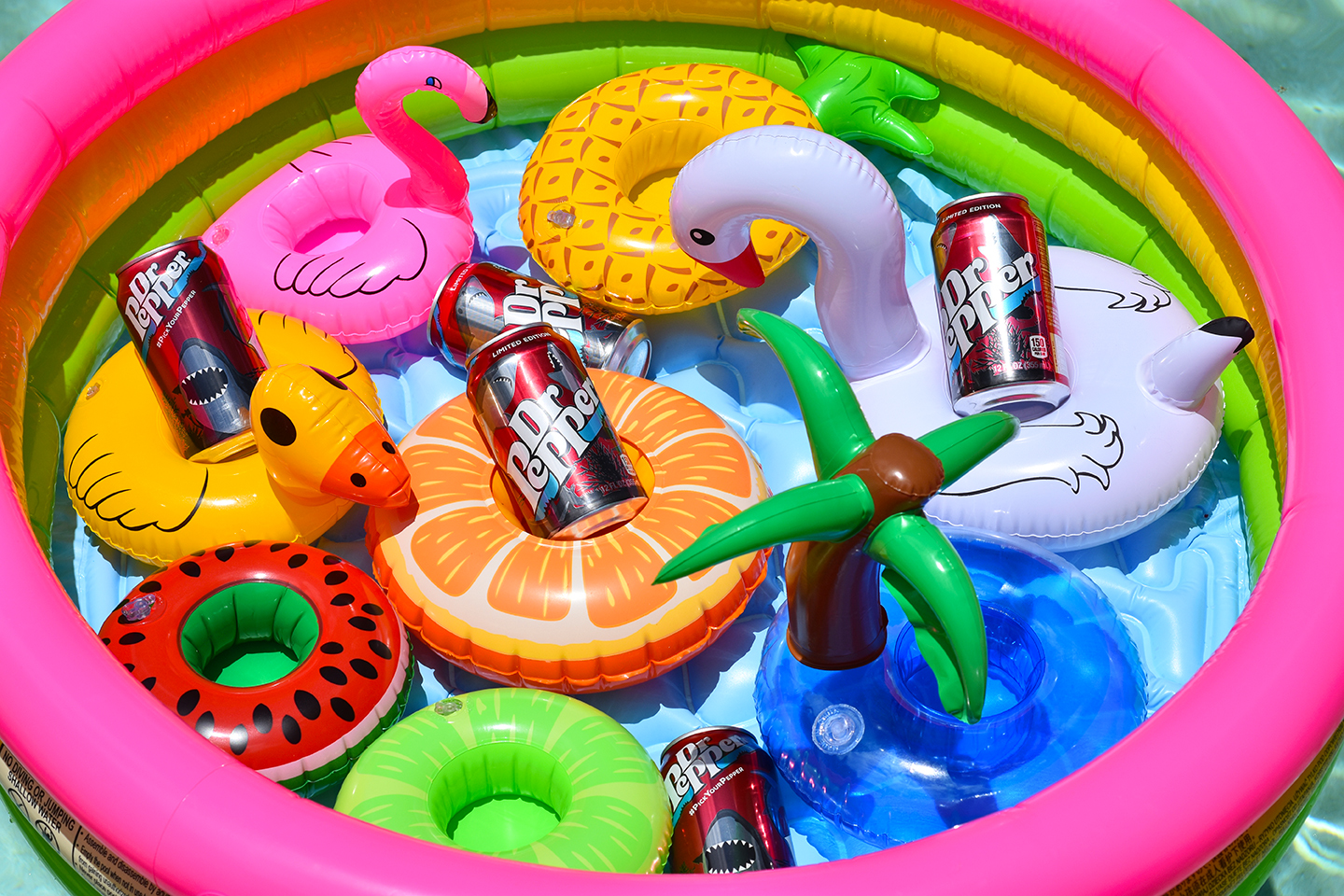 Pool Party Inspiration, Pool party ideas for adults, backyard pool party ideas for adults, pool party for adults ideas