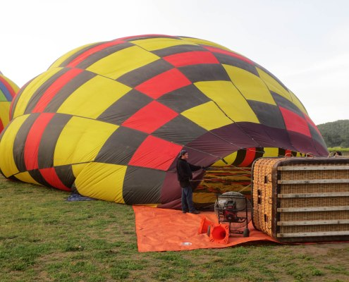 getting the hot air balloons ready