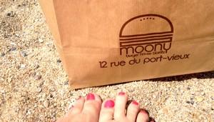 Chez Moony à Biarritz, des big salade et des wraps extra fat ! trop copieux et très bon !