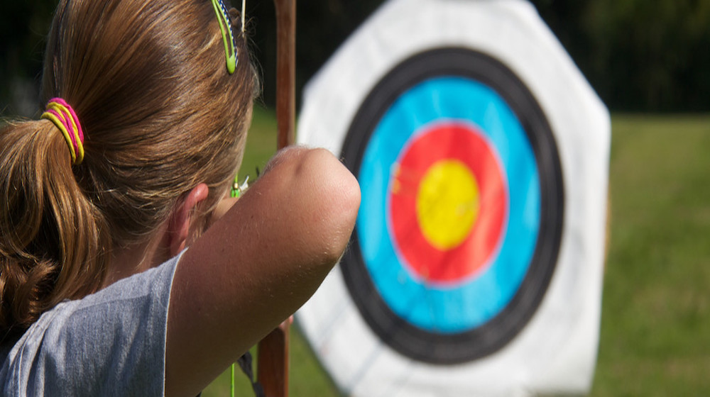 Happy-Fox-Arctic-Summer-Family-Day-Girl-shooting-Archery