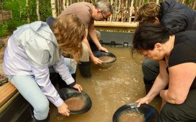 Be a Gold Digger, Gold Panning and a Boat Trip, 4 hours