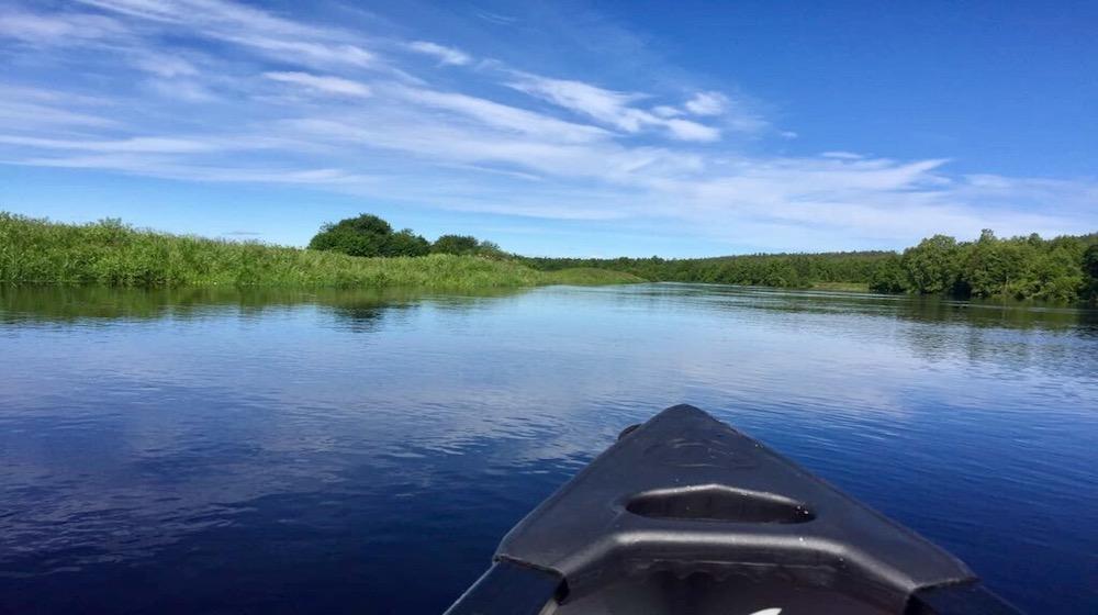 Happy-Fox-Canoe-Trip-to-the-Ounasjoki-Rive-blue-river