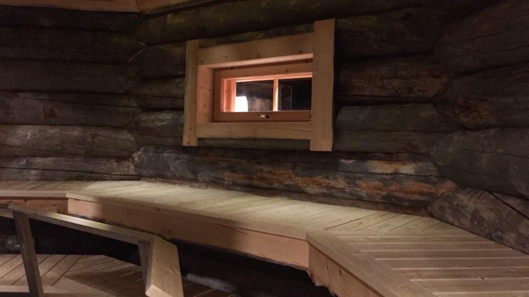 Happy-Fox-Magic-of-the-forest-and-Log-sauna-sauna