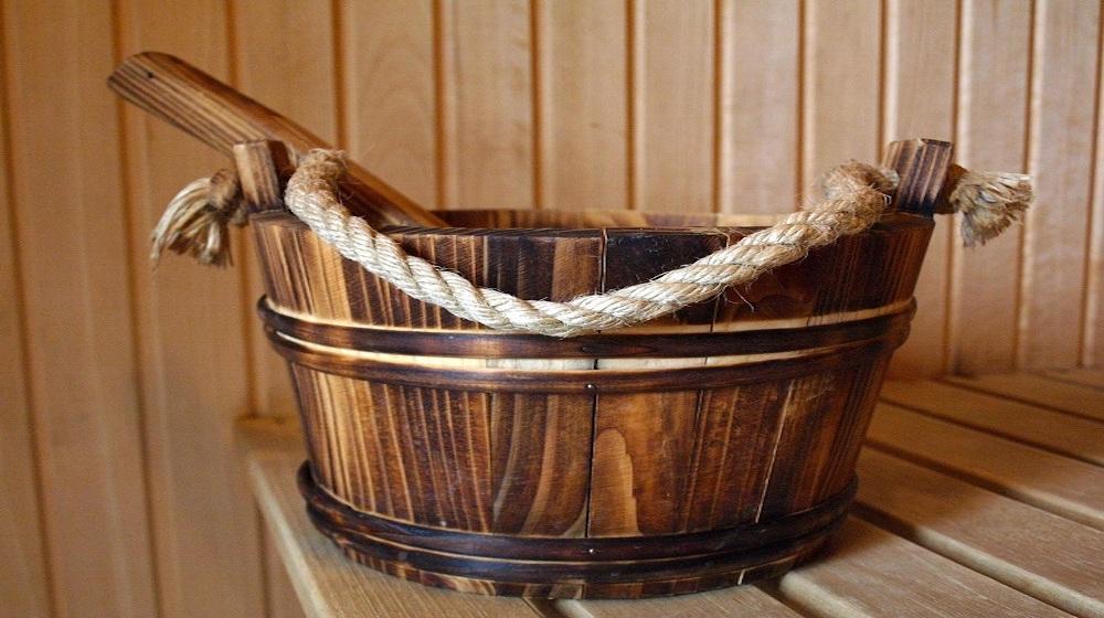 Happy-Fox-Floating-Sauna-and-Swimming-sauna-pail