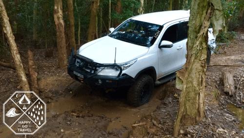 Toyota Fortuner CPT 80 Road bog hole
