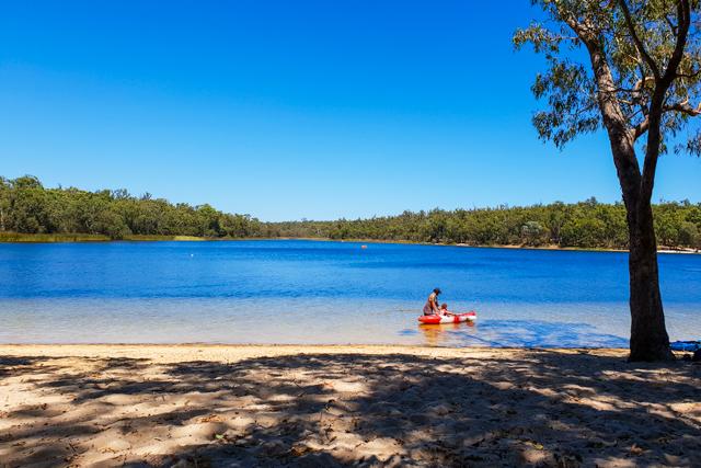 camping spots near Perth WA - Lake Leschenaultia