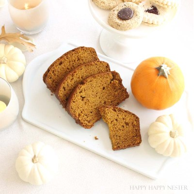 I promise that you will absolutely love this Pumpkin Bread Recipe! It tastes very similar to the Starbucks bread. It is the easiest bread you will make. #pumpkin #baking #recipes #pumpkinbread #recipes #thanksgivingrecipe #thanksgivingrecipes