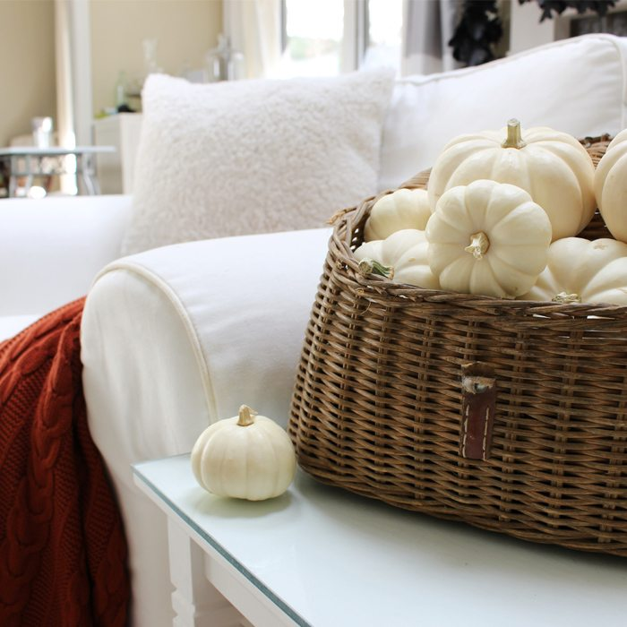 autumn throw creel-of-pumpkins-sm-ver