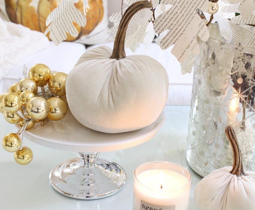 styling-a-coffee-table-glowing-pumpkin-view-sm-ver