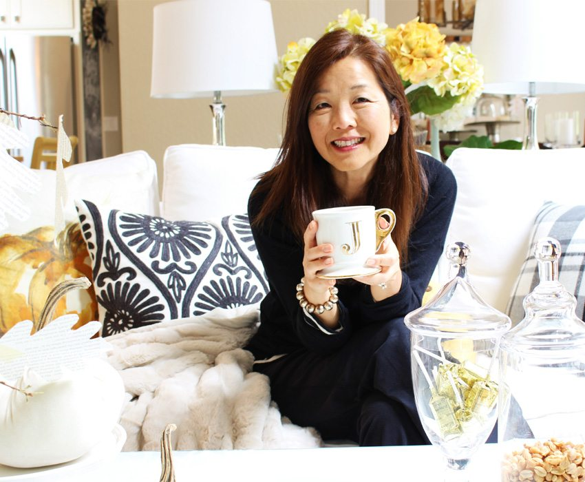 styling-a-coffee-table-pict-of-me-sm-ver