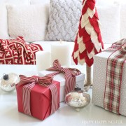 Christmas Home Tour: A Study in Red and White
